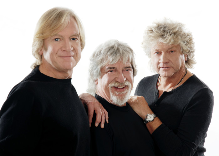Days of SQ Surpassed: The Timeless Flight of Justin Hayward and The Moody Blues